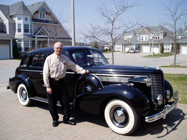 1938 Mclaughlin Roadmaster (Bill Gisbrechtl) .JPG